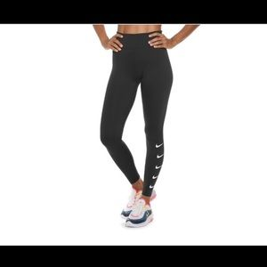 Women's Nike Swoosh Leggings